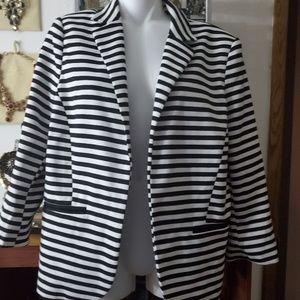 Black Rainn Jacket lined  Blazer color white